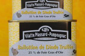 Photo représentant les boîtes de ballottine de dinde au foie d'oie truffée